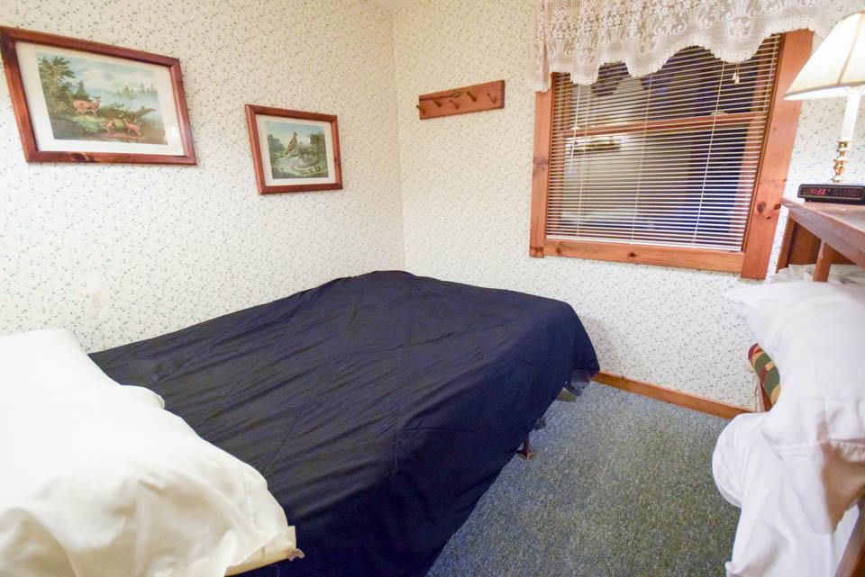 Chestnut Cabin Stowe